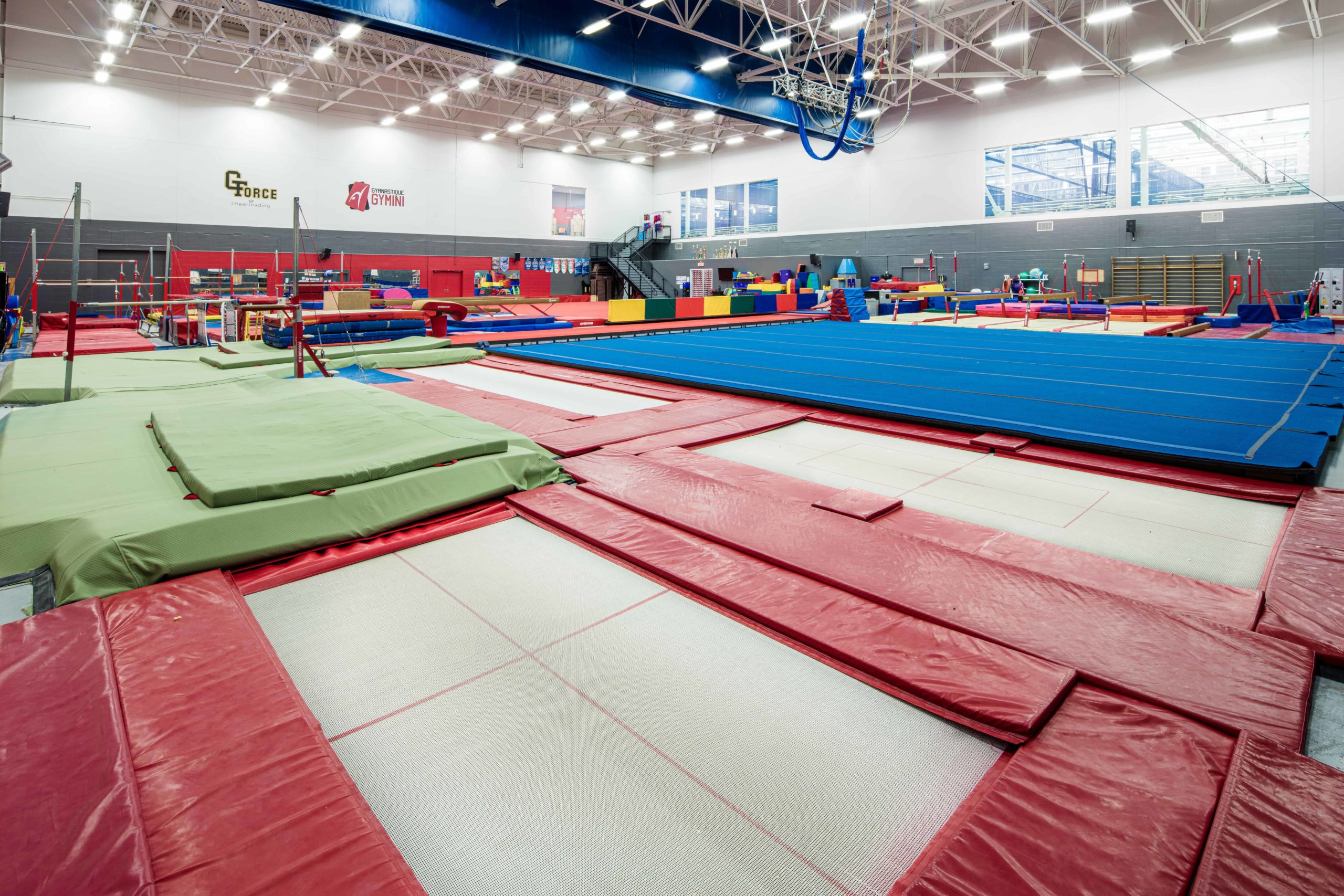 Ambiance Gymnase - Trampolines